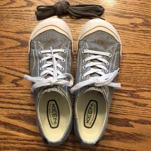 EUC Keen Coronado sneaker. Size 8.